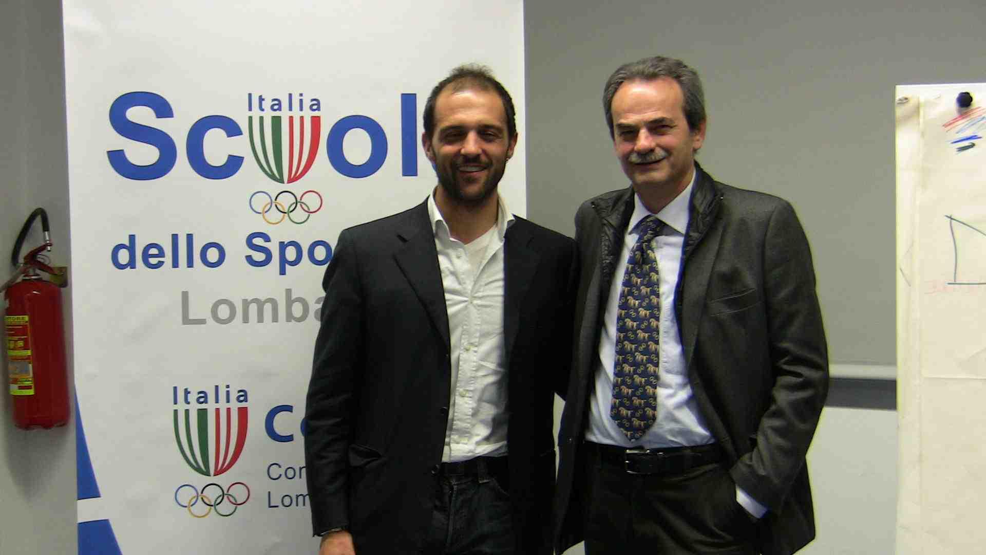 Armando Pintus con Daniele Gilardoni - 11 volte Campione Mondiale di Canottaggio - durante una testimonianza fatta al CONI LOMBARDIA