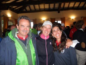 Ladies European Golf Tour – Premiazione dell'Open d'Italia 2011: Armando Pintus con Giulia Sergas, seconda classificata e Stefania Croce, terza classificata.