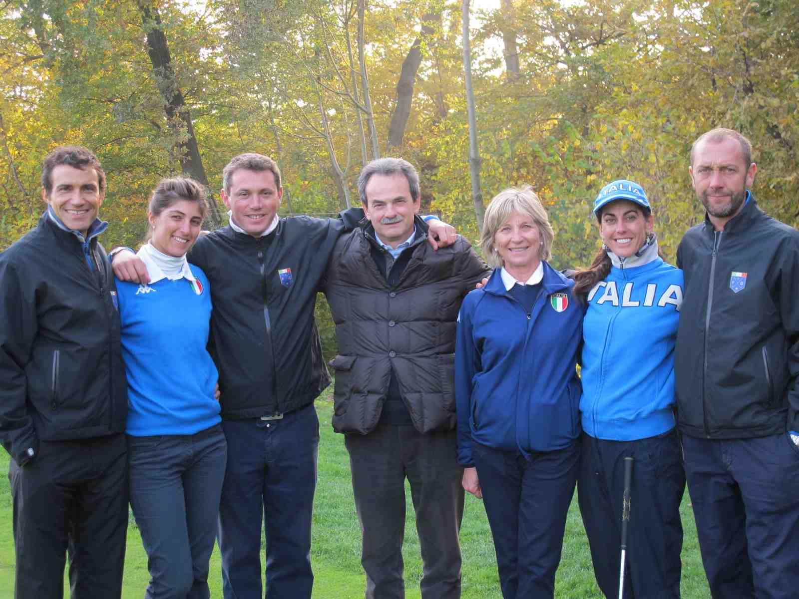 Una magnifica giornata sul campo di golf con la Nazionale Femminile guidata dal Capitano Laura Benazzo, dal maestro di golf Roberto Zappa, Anna Roscio, Stefania Croce ed Ezio Sibona.
